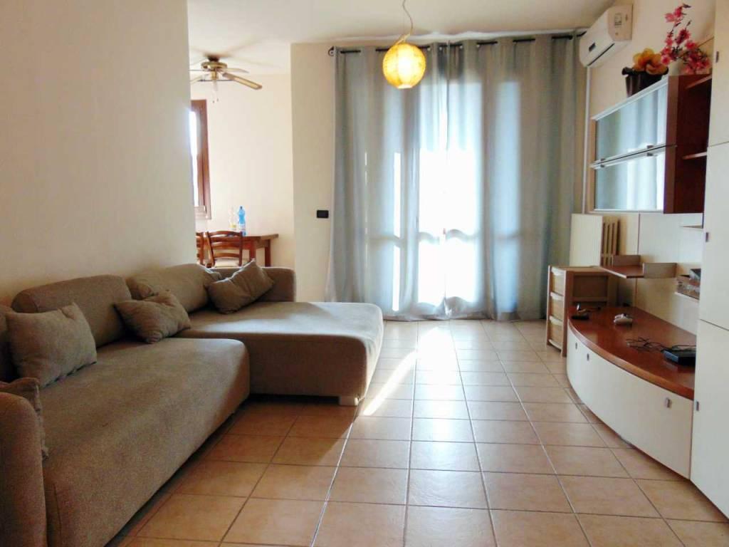 Appartamento in buone condizioni in vendita Rif. 6937787