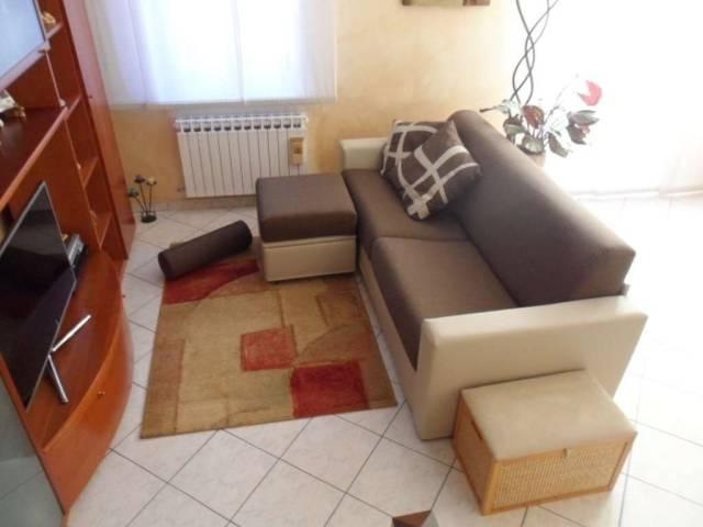 Appartamento in ottime condizioni in vendita Rif. 6933670