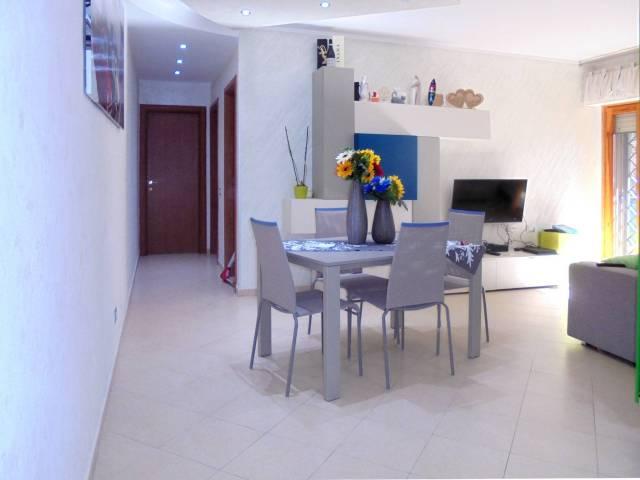 Appartamento in ottime condizioni arredato in affitto Rif. 6930742