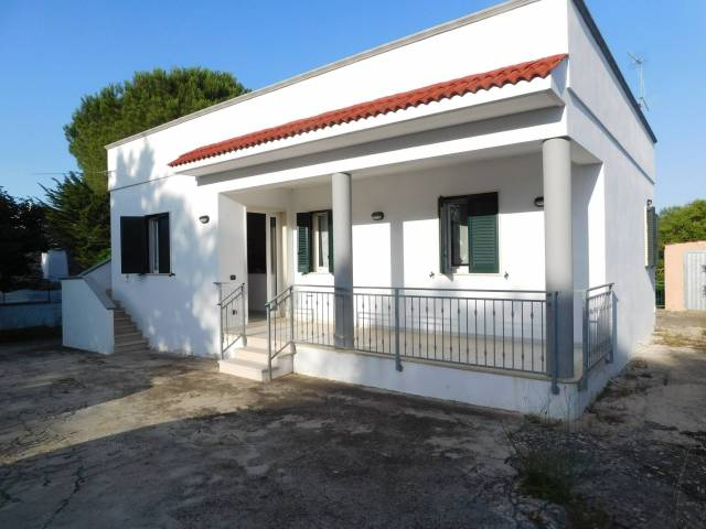 Villa in buone condizioni in vendita Rif. 6932626
