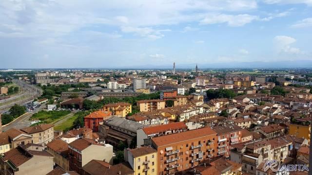 Appartamento in Affitto a Piacenza Semicentro: 2 locali, 40 mq