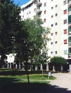 Appartamento in buone condizioni in vendita Rif. 8640546