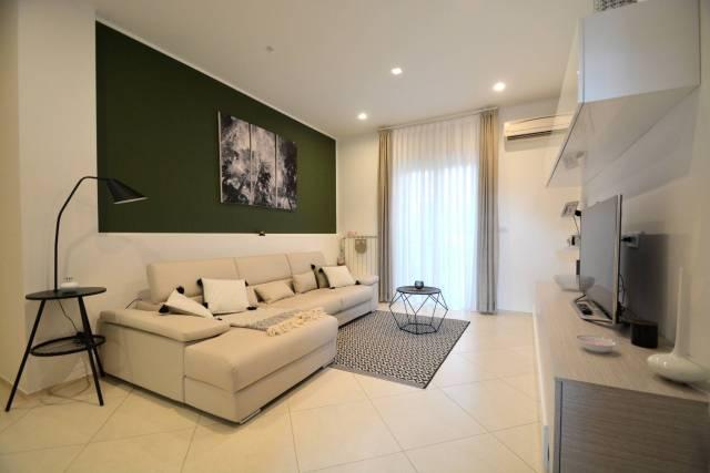 Appartamento in ottime condizioni in vendita Rif. 6933535