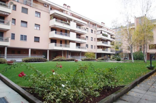 Appartamento in ottime condizioni in vendita Rif. 4432839