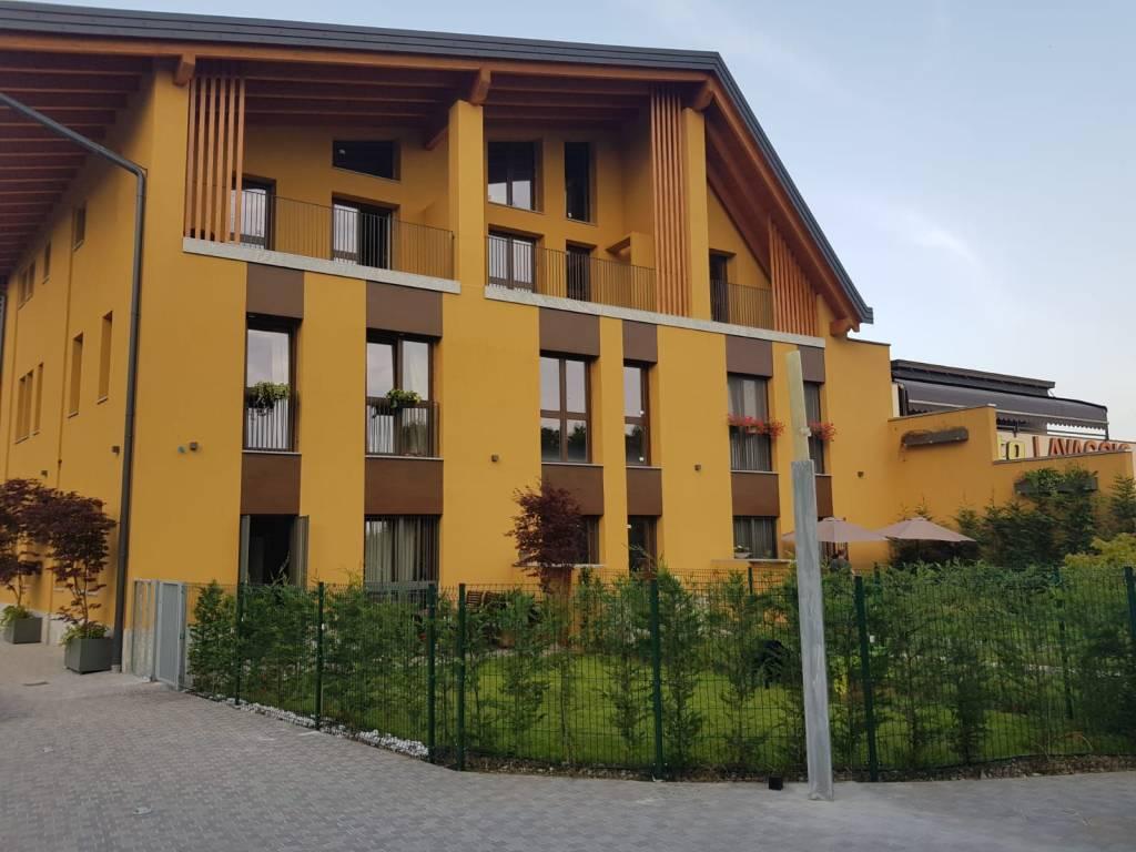 Appartamento in Vendita a Milano 14 Tibaldi / Cermenate / Antonini / Ortles / Bonomelli: 3 locali, 96 mq