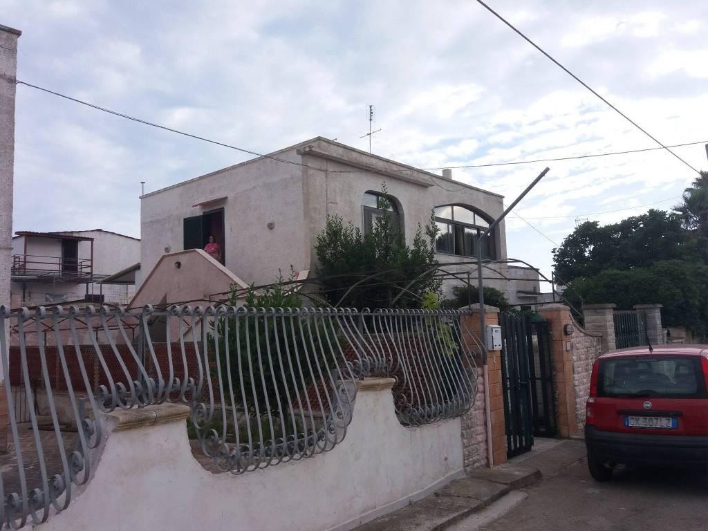 Appartamento parzialmente arredato in vendita Rif. 6953256