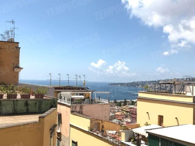 Appartamento in vendita 3 vani 90 mq.  Gradoni Santa Maria Apparente 22 Napoli
