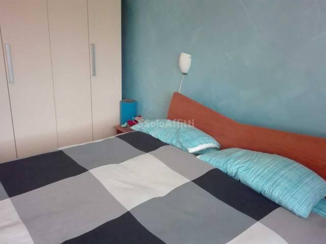 Appartamento in buone condizioni arredato in affitto Rif. 6827545