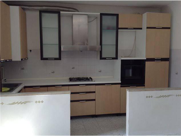 Appartamento in buone condizioni in vendita Rif. 6947586