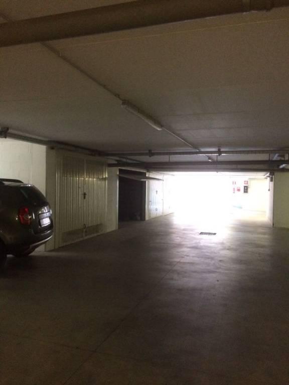 Box e posti auto in vendita Rif. 6952903