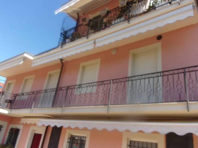 Appartamento in ottime condizioni arredato in affitto Rif. 6948798