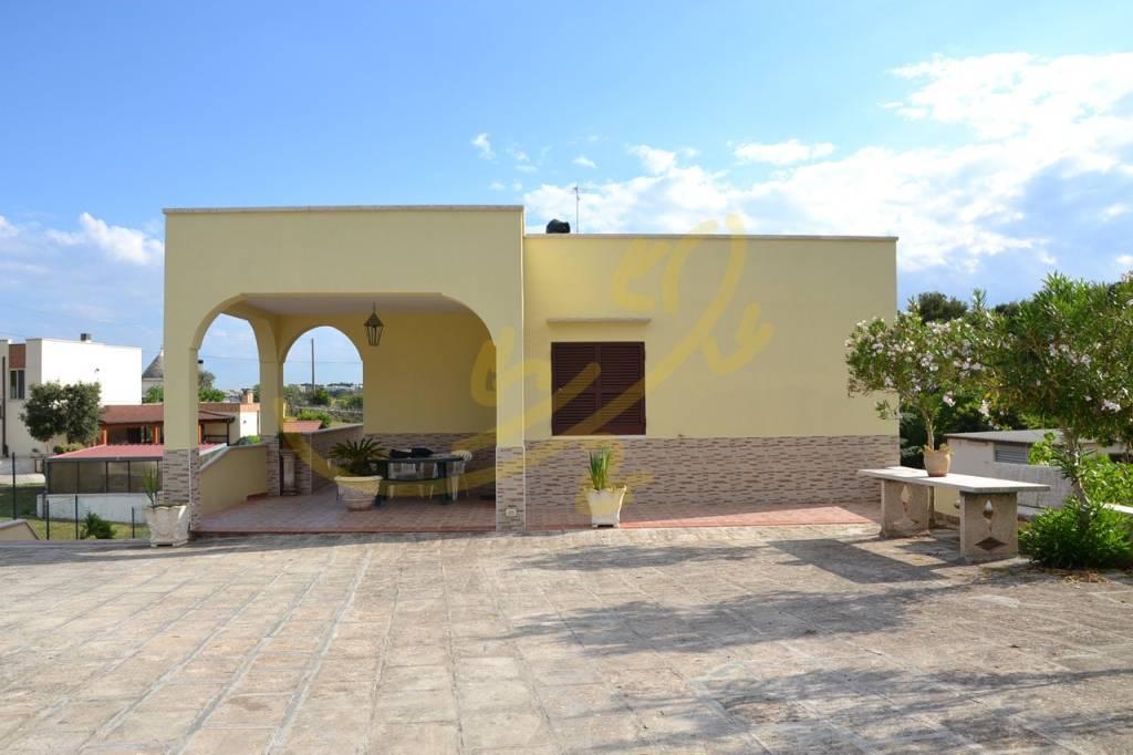 Villa in ottime condizioni in vendita Rif. 6948030