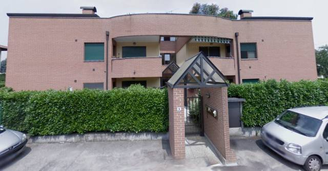 Appartamento in buone condizioni in vendita Rif. 6968370