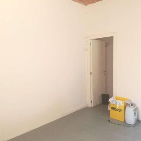 Ufficio / Studio in affitto a Asti, 5 locali, prezzo € 700 | CambioCasa.it
