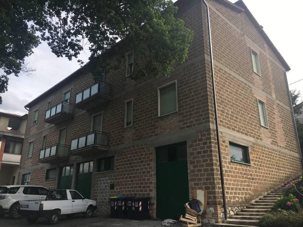 Appartamento da ristrutturare in vendita Rif. 9153324