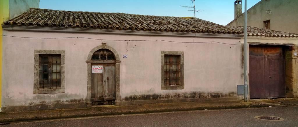 Villa quadrilocale in vendita a Nurachi (OR)