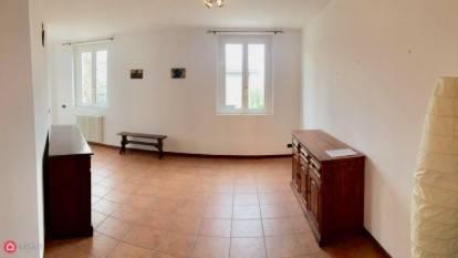 Appartamento in ottime condizioni arredato in vendita Rif. 6975333