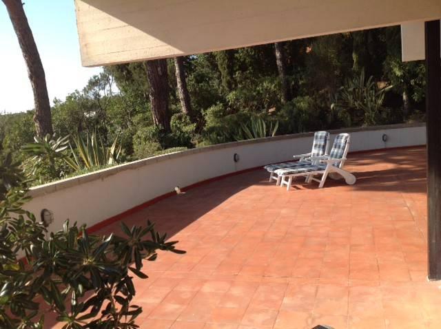 Villa in ottime condizioni parzialmente arredato in vendita Rif. 6910968