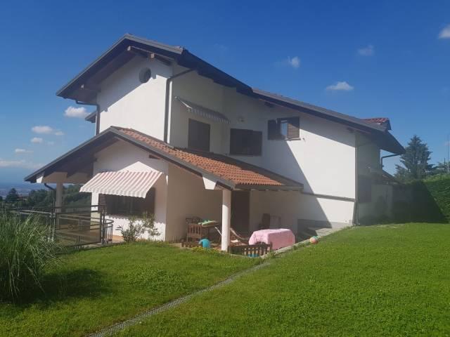 Appartamento in ottime condizioni in affitto Rif. 6968020