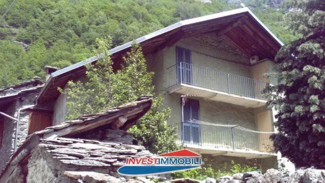 Rustico / Casale in buone condizioni arredato in vendita Rif. 8762322
