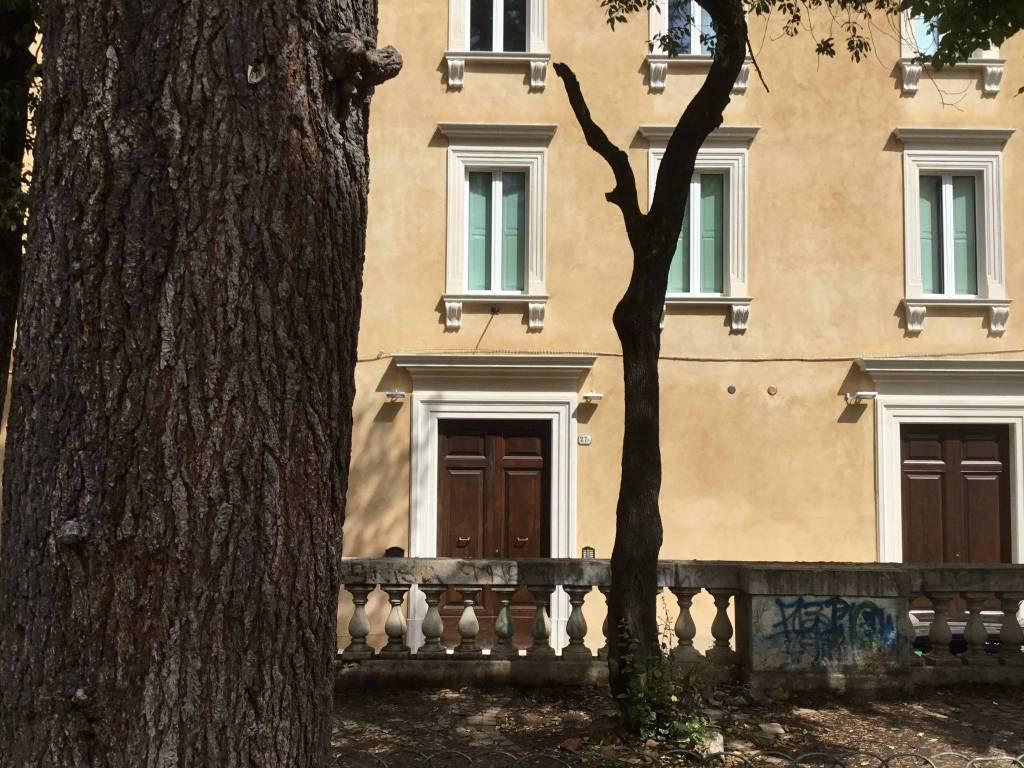L'Aquila - Piazza IX Martiri