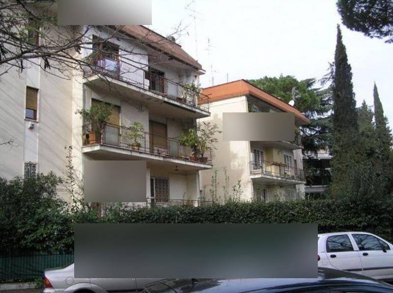 Appartamento in vendita 5 vani 172 mq.  viale dei Campioni 16 Roma