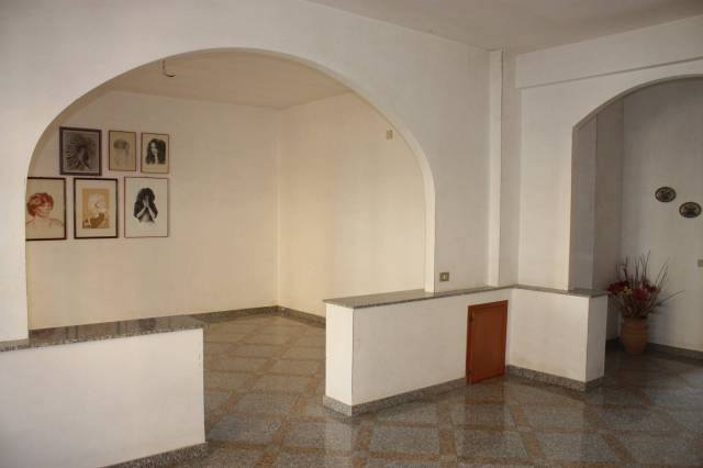 Appartamento in ottime condizioni in vendita Rif. 6973873