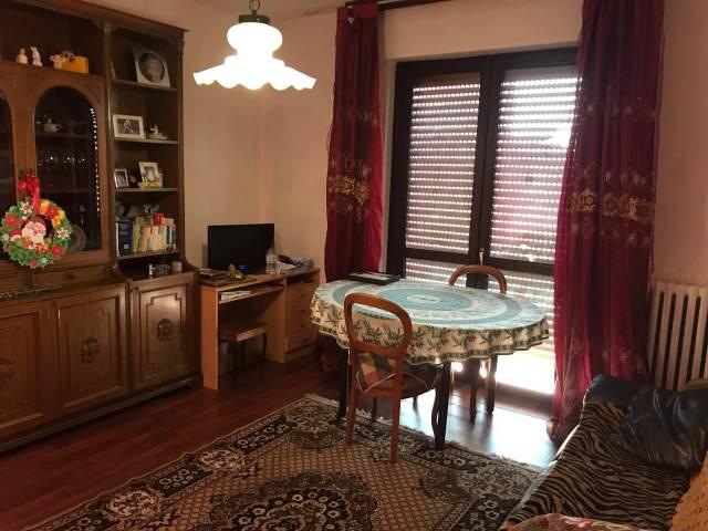 Appartamento in buone condizioni in vendita Rif. 7005059