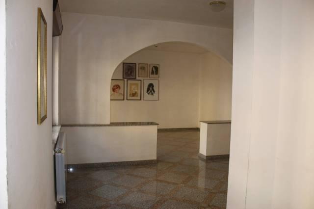 Appartamento in ottime condizioni in vendita Rif. 6973874