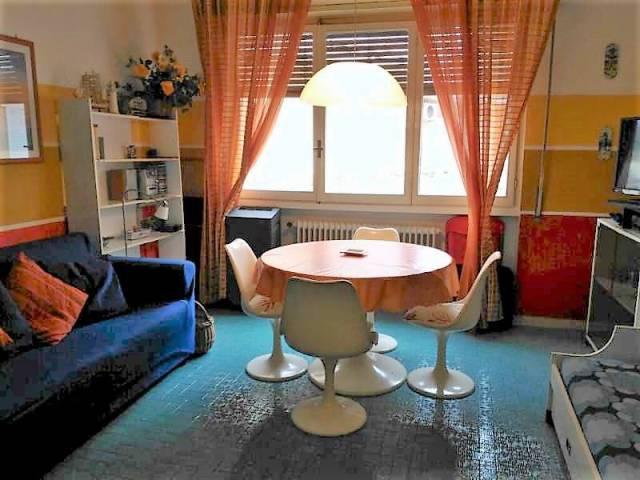 Appartamento in buone condizioni arredato in affitto Rif. 6974193