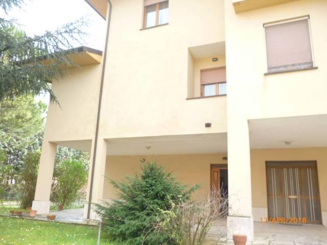 Appartamento in Vendita a Passignano Sul Trasimeno:  3 locali, 70 mq  - Foto 1