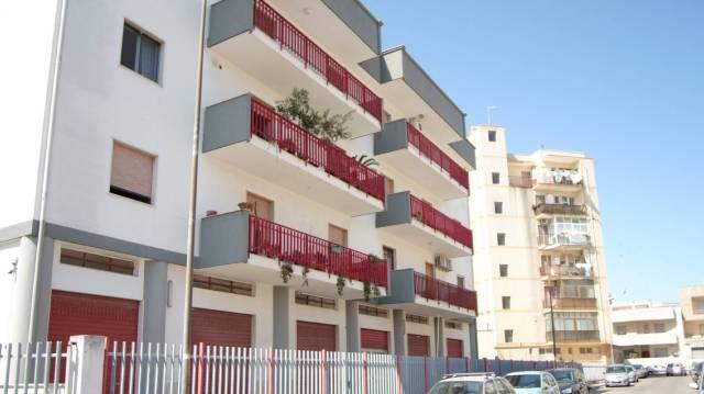 Appartamento in buone condizioni in vendita Rif. 6987391