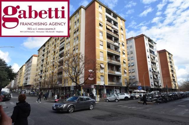 Bilocale in affitto a Roma in Viale Guglielmo Marconi, 107