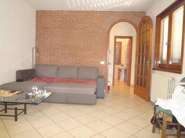Appartamento in ottime condizioni in vendita Rif. 6988000