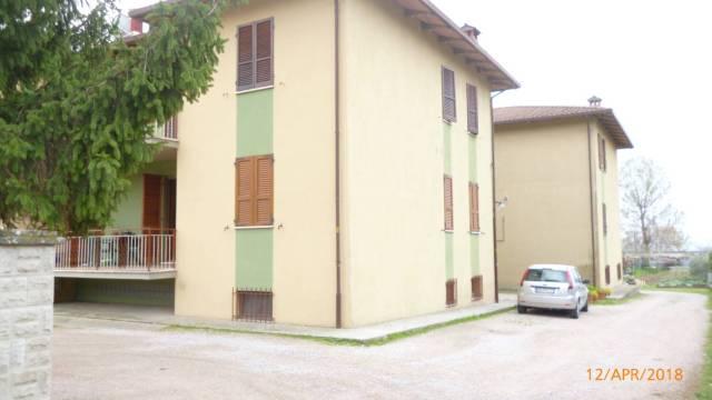 Appartamento in Vendita a Passignano Sul Trasimeno Centro:  3 locali, 80 mq  - Foto 1