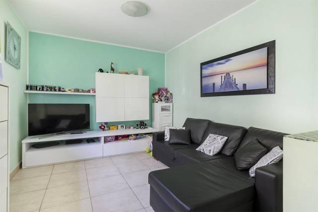 Appartamento in ottime condizioni in vendita Rif. 7326934