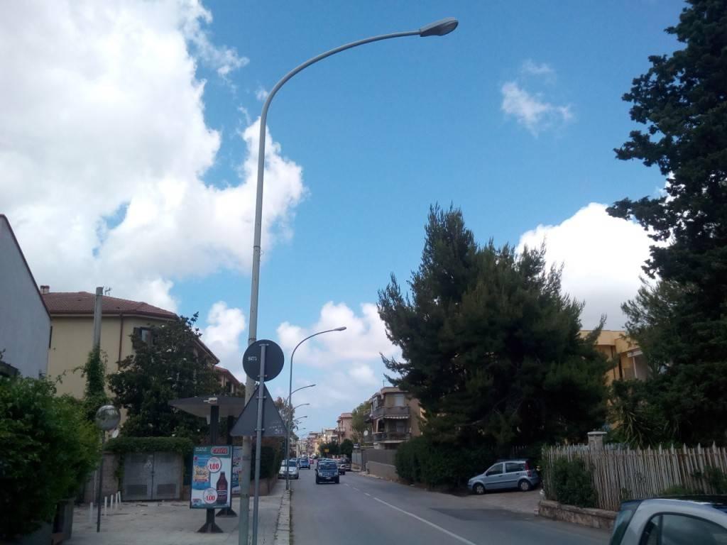 Appartamento in Affitto a Palermo Periferia: 4 locali, 120 mq