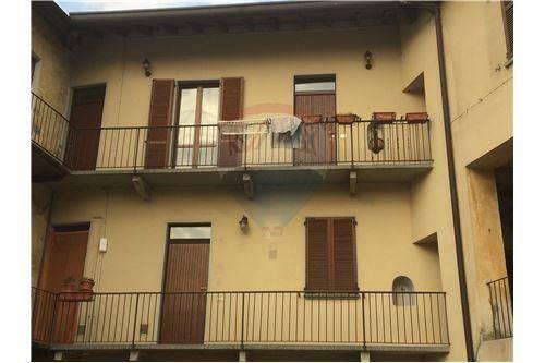 Appartamento in ottime condizioni in vendita Rif. 7002492