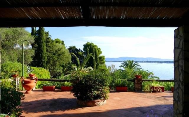 Villa in ottime condizioni in vendita Rif. 7001037