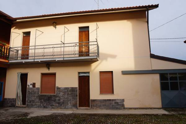 Appartamento da ristrutturare in vendita Rif. 7001415