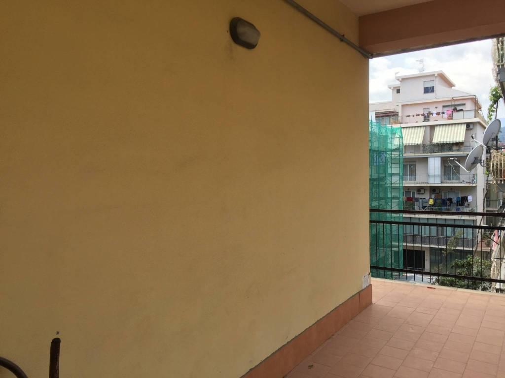 Appartamento da ristrutturare in vendita Rif. 7186096