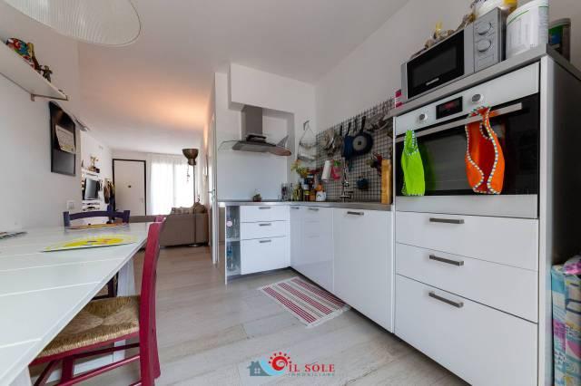 Appartamento in ottime condizioni in vendita Rif. 5839382