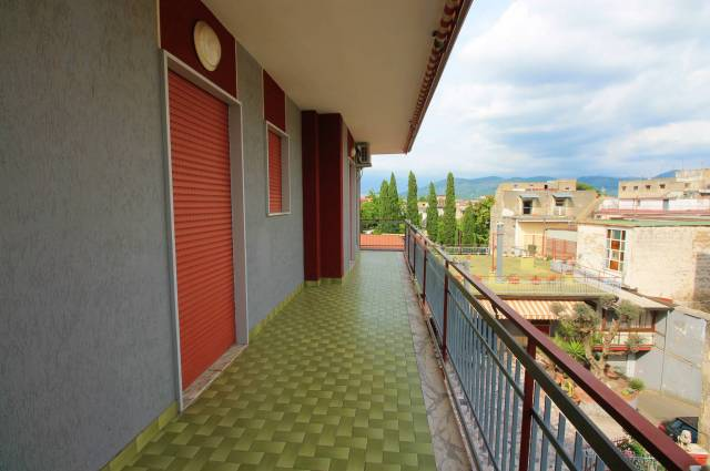 Appartamento in buone condizioni in affitto Rif. 7004281