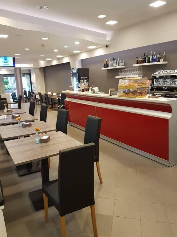 Ristorante / Pizzeria / Trattoria in Vendita a Mariano Comense