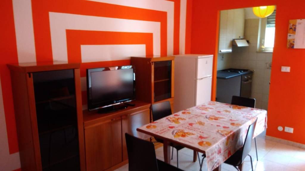 Appartamento in affitto a Grugliasco, 3 locali, prezzo € 400 | PortaleAgenzieImmobiliari.it