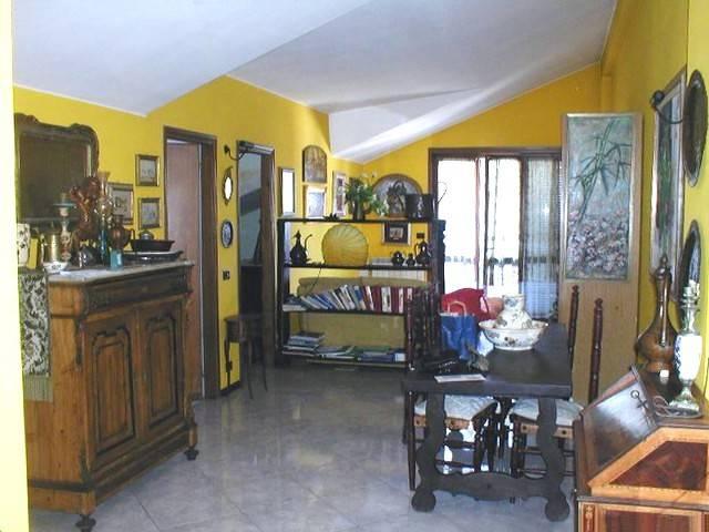 Attico / Mansarda in ottime condizioni parzialmente arredato in vendita Rif. 4252215