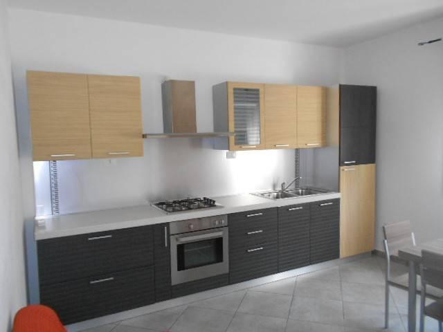 Appartamento in ottime condizioni arredato in vendita Rif. 7013327