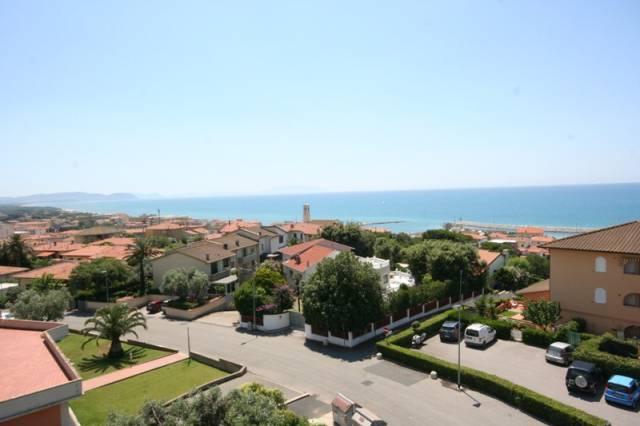 San Vincenzo (LI) - attico con TERRAZZA SOLARIUM vista mare
