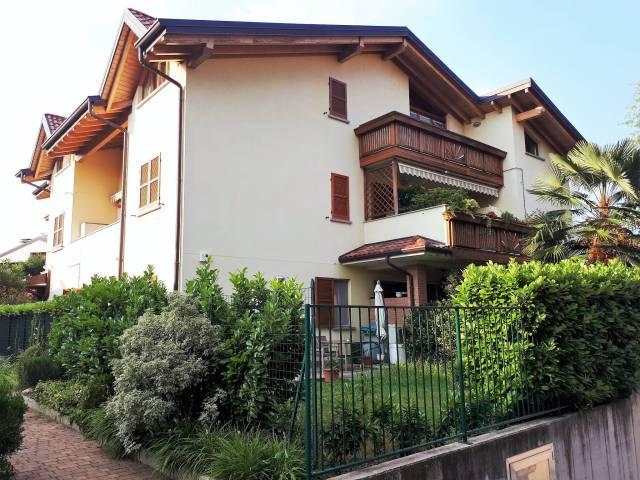 Appartamento in ottime condizioni in vendita Rif. 7014861
