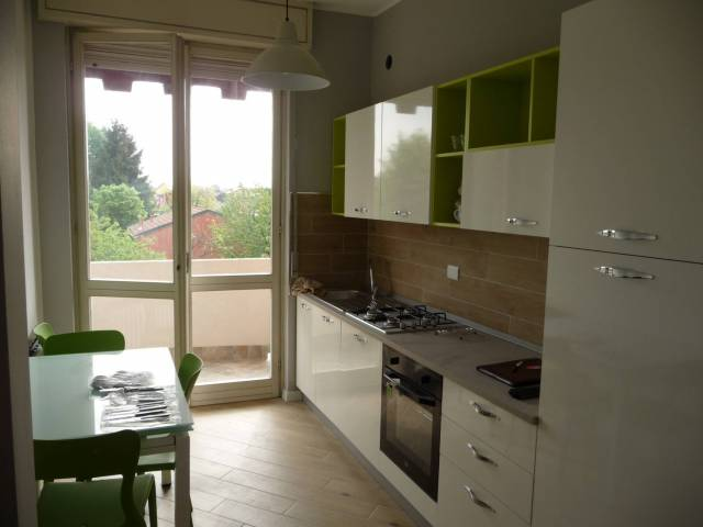 Appartamento in ottime condizioni arredato in affitto Rif. 7032034